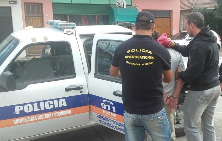 Detienen a un hombre acusado de abusar de sus hijas
