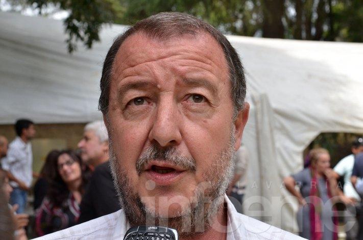Bajamón propuso la creación del Estatuto del Docente Municipal