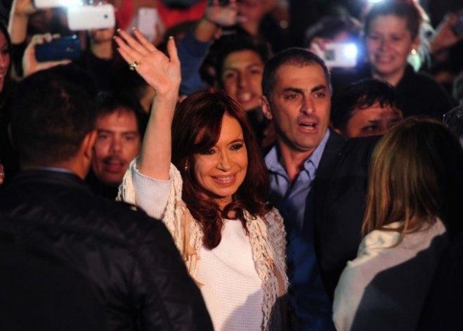 Cristina declara ante la Justicia por la venta de dólar futuro