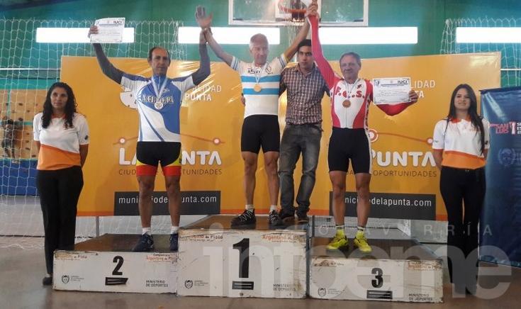 Tres medallas para Olavarría en La Punta
