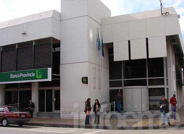 No abre Banco Provincia y hay amenaza de otro paro general