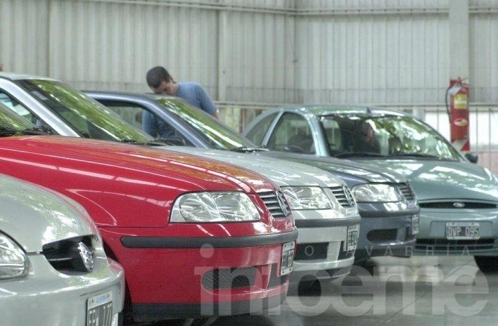 Sigue en baja la venta de autos usados