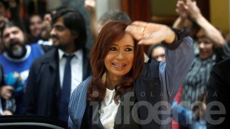 Cristina criticó al Gobierno de Macri desde Twitter