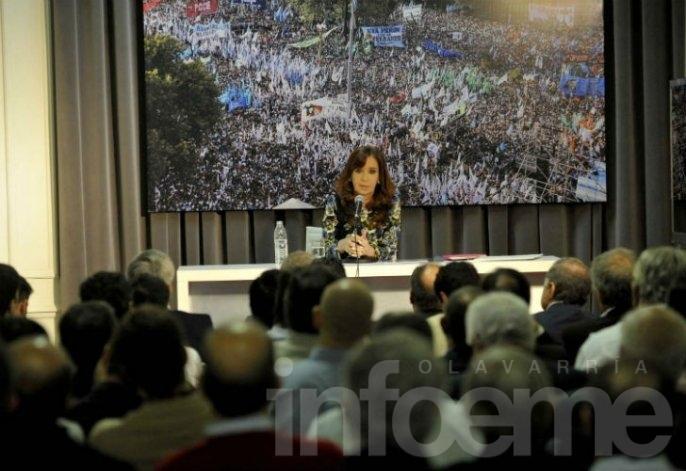 Cristina se reunió con intendentes peronistas