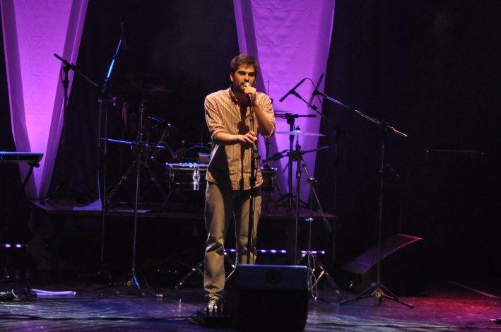 """Artistas locales se presentaron en la primera edición de """"Hola Canto"""""""