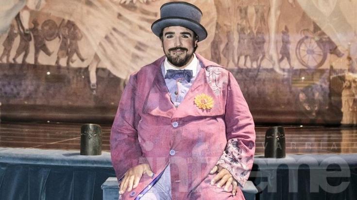 """""""El clown más alto del mundo"""" llega a Olavarría"""