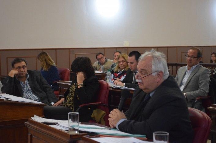 Se desarrolla la sesión extraordinaria del HCD que trata sobre la rendición de cuentas