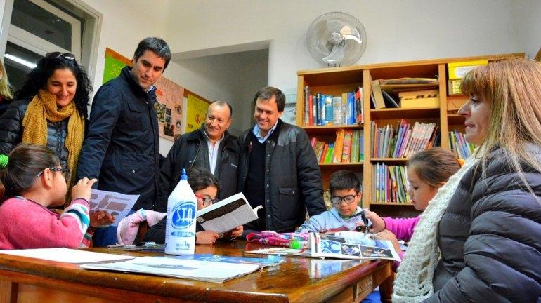 Mosca, Salamanco y Criado recorrieron 17 instituciones de Bolívar, Pirovano y Urdampilleta