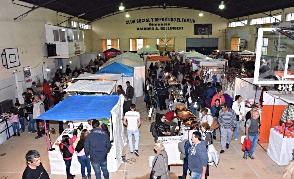 Con buen marco, se realizó la Feria nacional de Artesanías