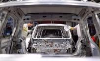 La producción industrial se redujo un 9% en febrero