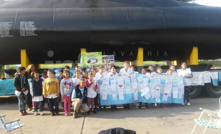 La EP Nº76 visitó la réplica del ARA San Juan