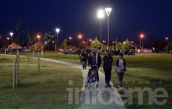 Se inauguró la iluminación del Parque Avellaneda