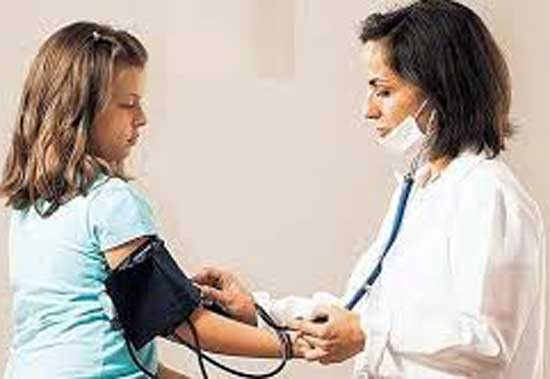 Niños y adolescentes con obesidad tienen mayor riesgo de convertirse en hipertensos