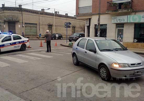 Una mujer fue arrollada por un auto en pleno centro