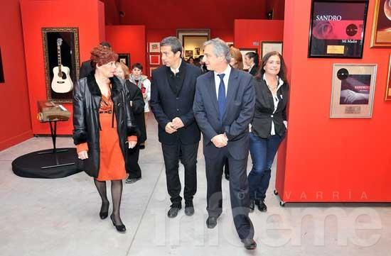 "Quedó inaugurada la muestra ""Yo Sandro"""