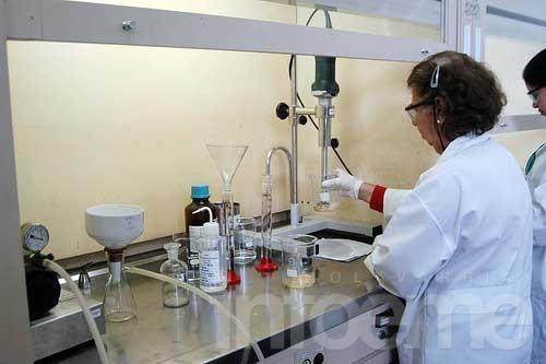 Aumento del 33% a trabajadores de laboratorios medicinales