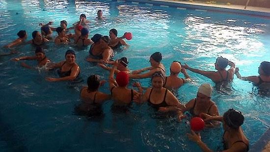 Se realizaron actividades de natación para Adultos