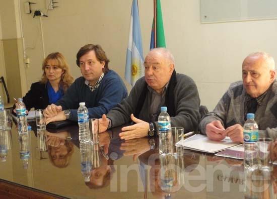 """Reunión de comerciantes contra la instalación de """"mercaditos"""""""