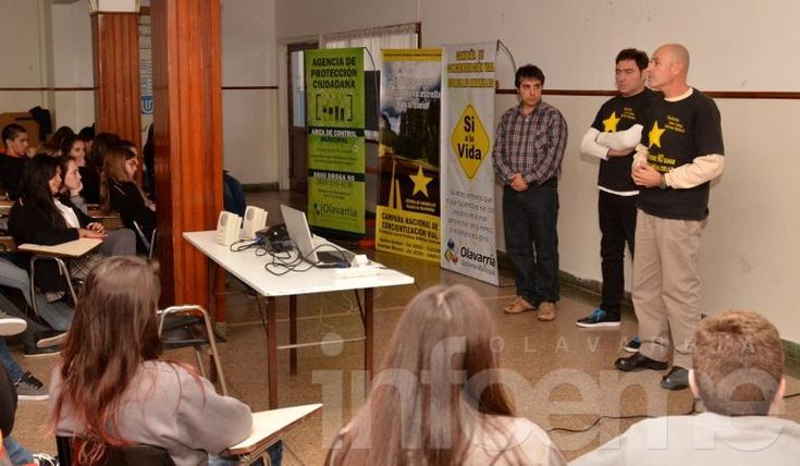 Brindaron una charla sobre educación vial a jóvenes