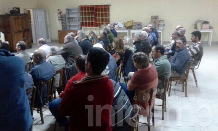 Reuniones para mejorar tendido eléctrico a Santa Luisa