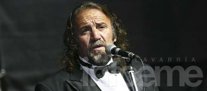 Cacho Garay se presenta en el Teatro Municipal