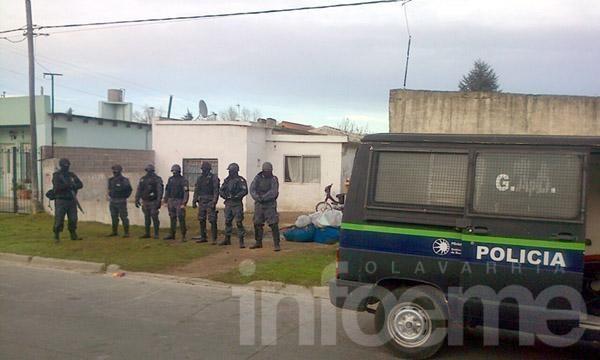 Allanan vivienda y secuestran elementos tras el ataque en Villa Mailín
