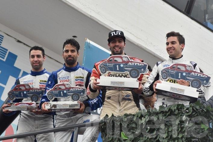 Rossi continúa haciendo historia