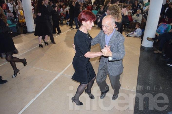 Todas las danzas en la Casa del Bicentenario