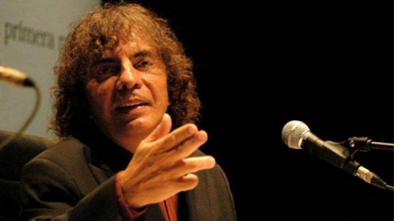 Alejandro Dolina se presenta en el Teatro Municipal
