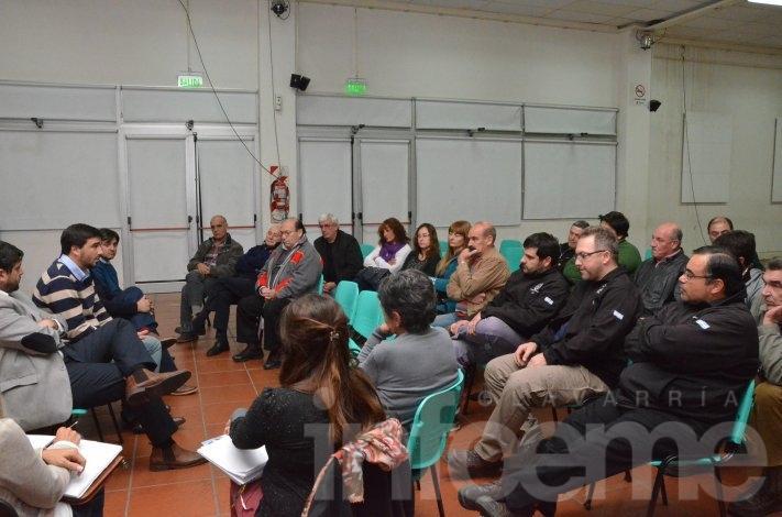 El Ejecutivo se reunió con sindicatos locales