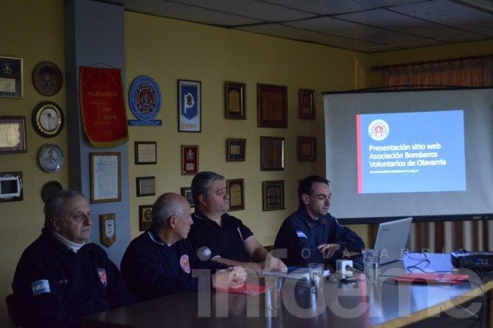 Bomberos Voluntarios presentó su página web