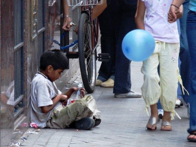 La infancia en peligro: 4 millones de chicos argentinos son pobres