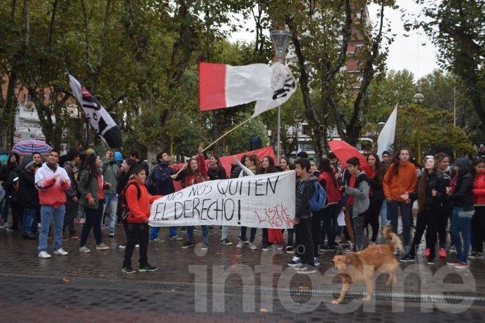Testimonios y fotos de la marcha por el Boleto Estudiantil