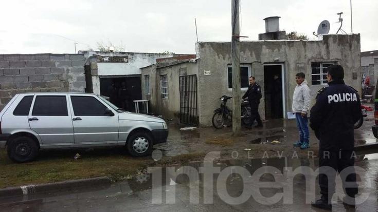 Secuestran una moto y teléfonos en un allanamiento