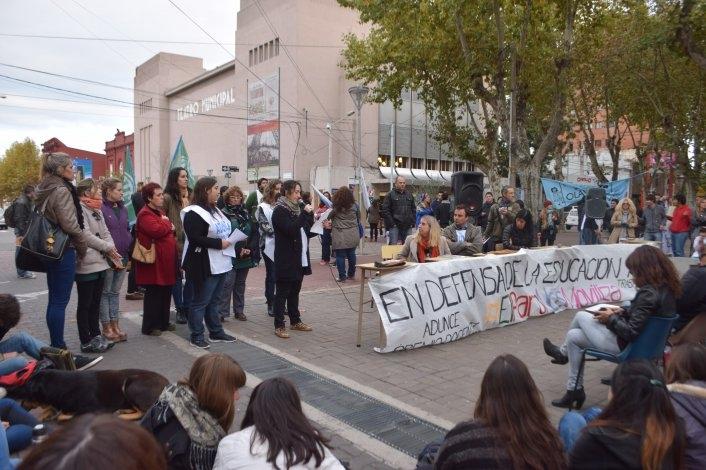 Todas las fotos de la Clase Pública en defensa de la Educación