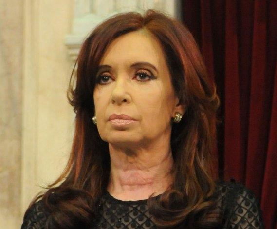 """Cristina quedó procesada por el """"dólar a futuro"""""""