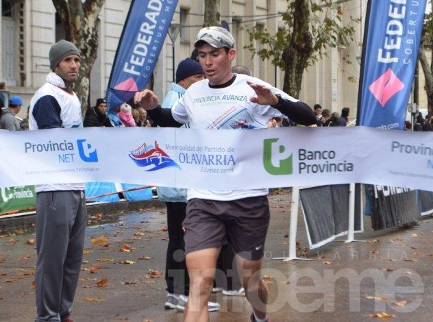 El uno es de Olavarría: Gustavo Fernández ganó la Vuelta al Municipio