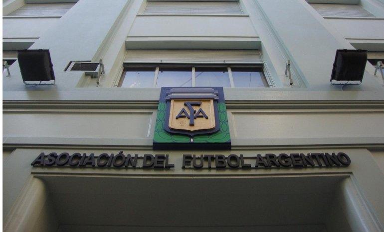 No hubo acuerdo en la AFA y se extiende la crisis
