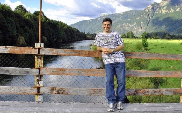 De Olavarría al mundo: Julio Grasso presenta su  libro
