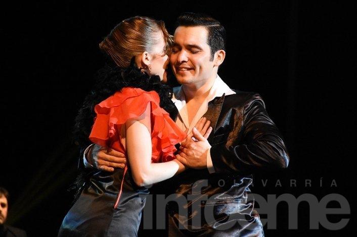 """""""Full Tango"""" se presentó en Olavarría"""