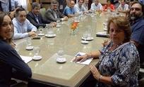 La Provincia y los gremios docentes negocian acuerdo en charlas informales