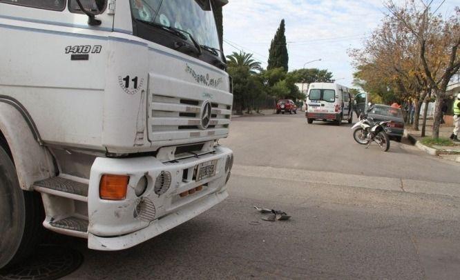 Camionero olavarriense chocó en La Pampa