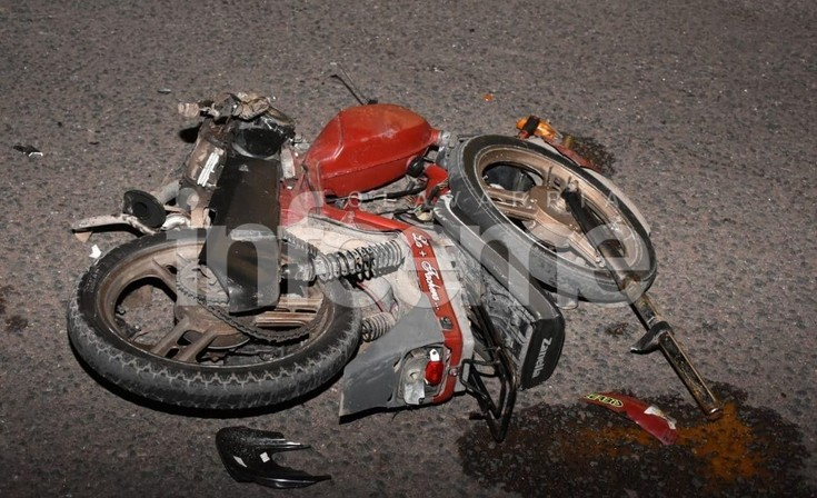 Motociclista herido en un violento accidente