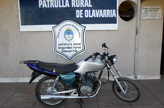 Aprehenden a un galguero y recuperan motocicleta robada