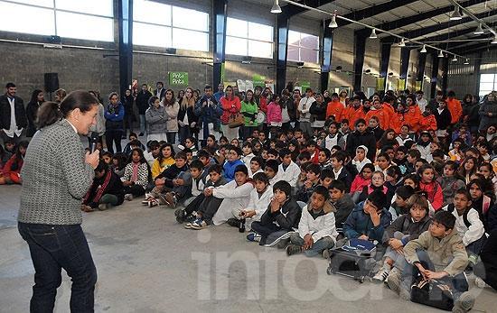 Cientos de chicos se sumaron al cuidado del medio ambiente