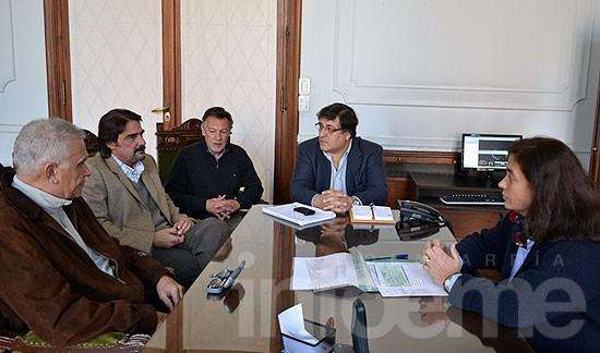 Iniciarán obras de electricidad en Pikelado y Loma Negra