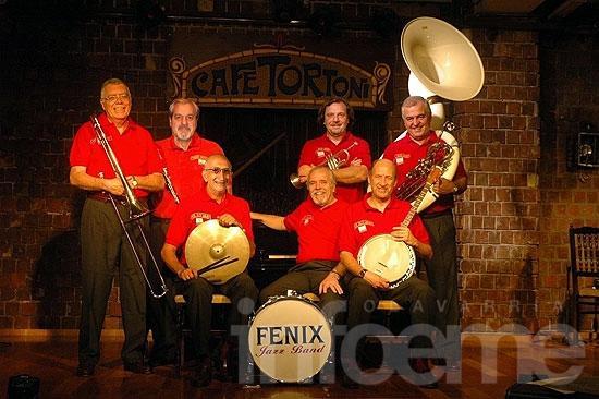 La Fénix Jazz Band se presenta en la Ciudad