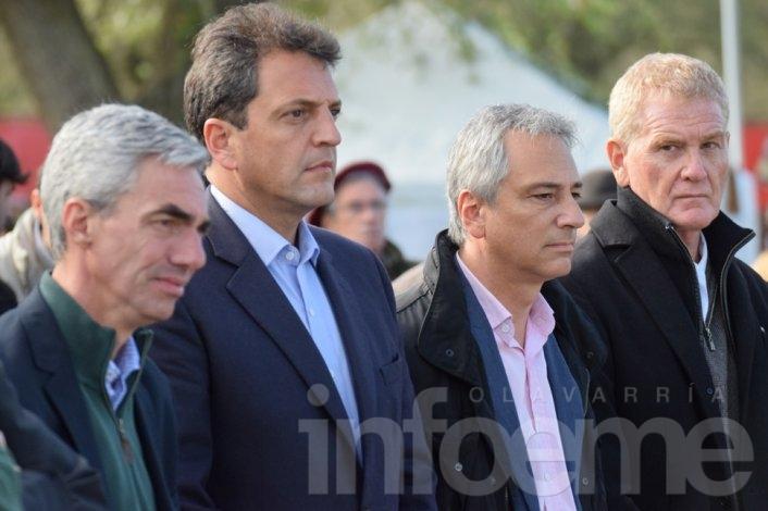¿Última Cena?: Eseverri participó de la reunión de intendentes con Massa