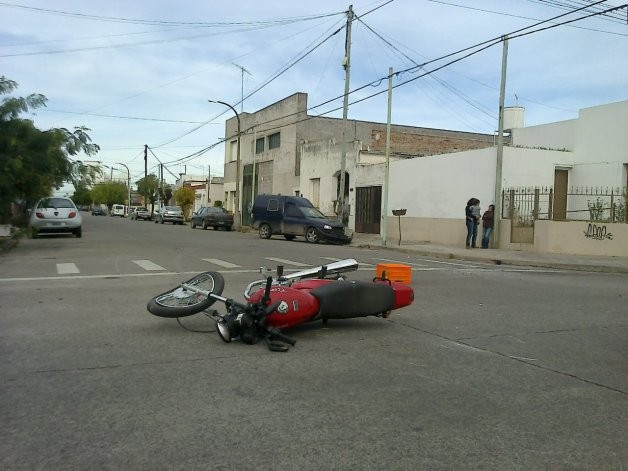 Un motociclista herido en el Barrio Mariano Moreno