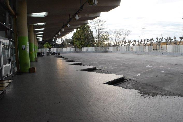 Paro general: no hay micros y las estaciones de servicio están cerradas